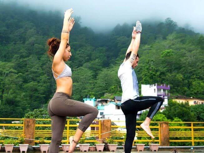 200 hour yoga teacher training rishikesh